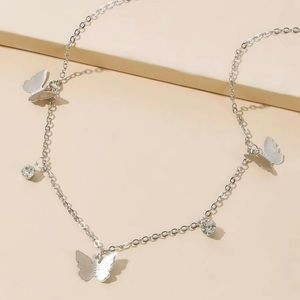 🆕3/$30 Silver butterfly chain choker